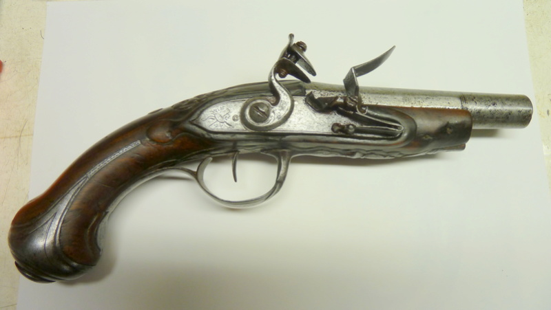 Pistolet type 1733 P1050544