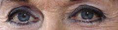 A qui appartiennent ces yeux la - Page 2 Yeux17