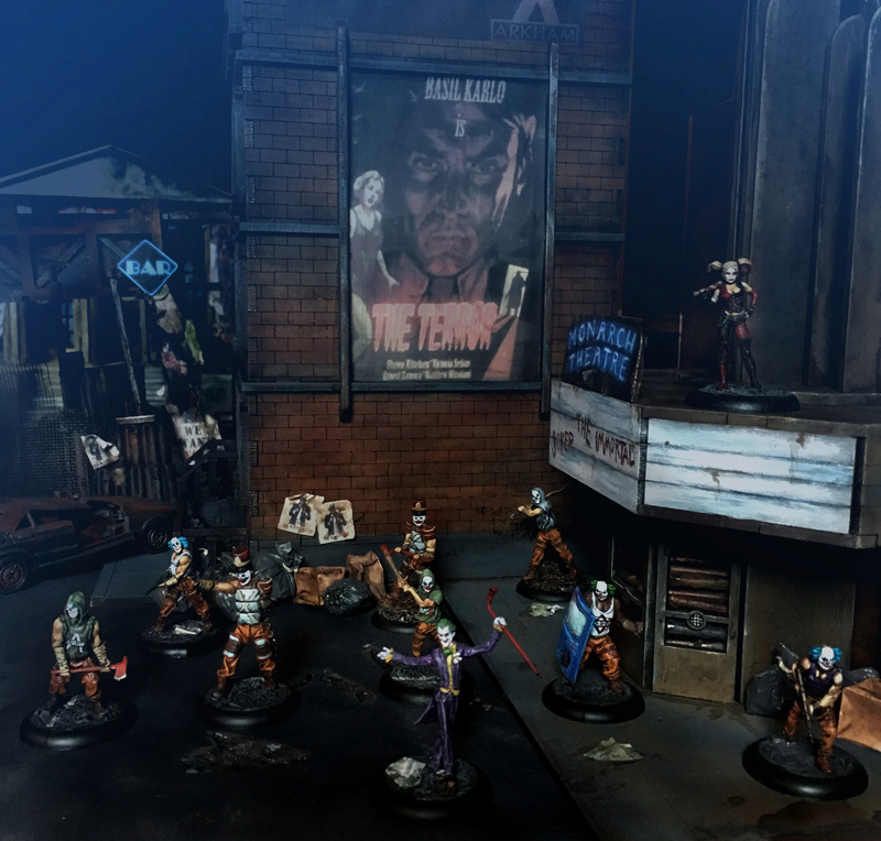 Arkham City made in Grob... - Page 2 Top310