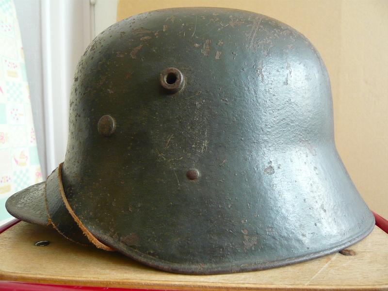 Coque allemande 1916 avec insigne P1070610