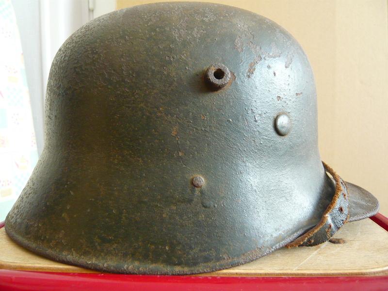 Coque allemande 1916 avec insigne P1070611