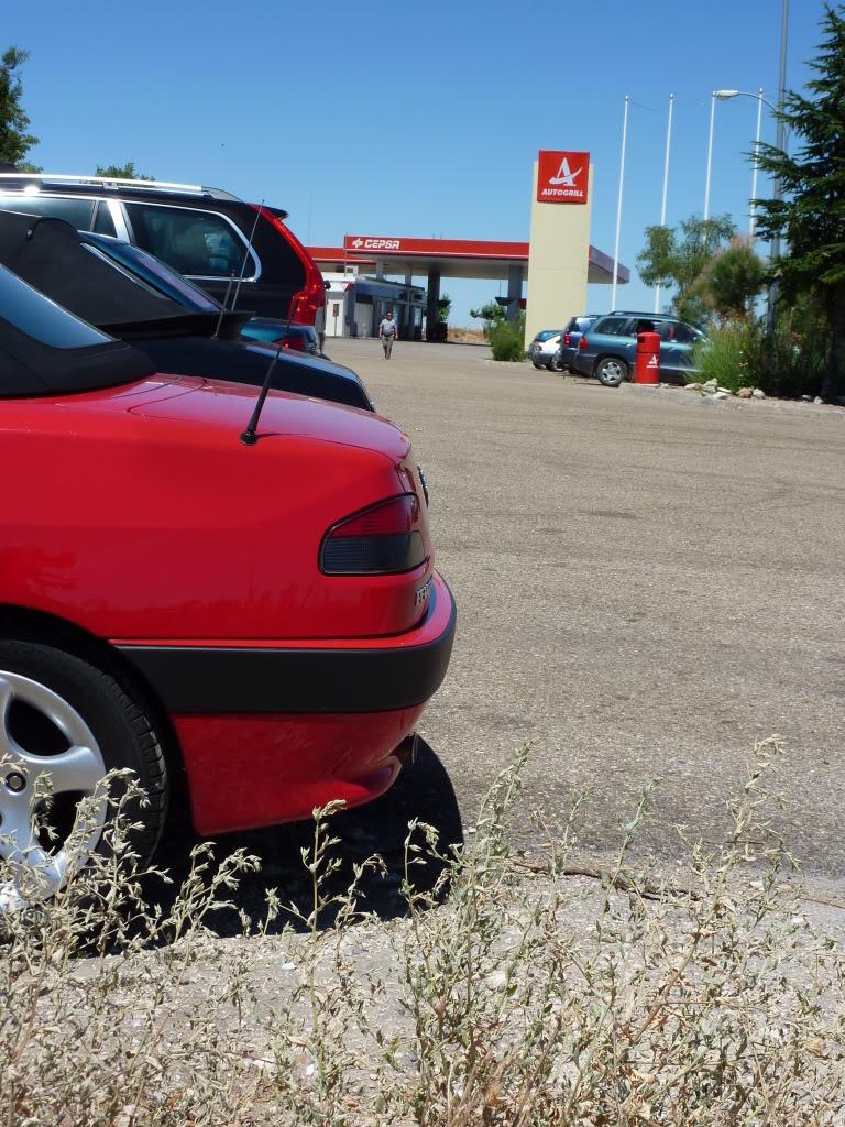 [ FOTOS ] Fase 3 - 2001 - 1,6i - Rojo Écarlate - El cabrio de S306cabrio P1030110