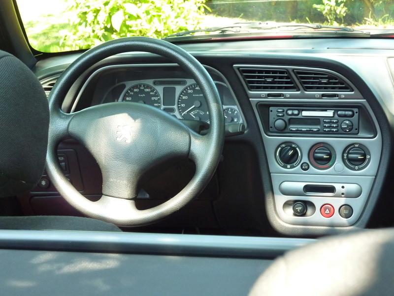 [ FOTOS ] Fase 3 - 2001 - 1,6i - Rojo Écarlate - El cabrio de S306cabrio P1070917