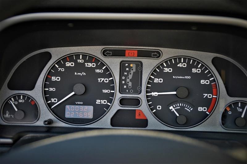 [ VíDEOS ] Peugeot 306 cabrios a la venta... en Japón Peugeo36