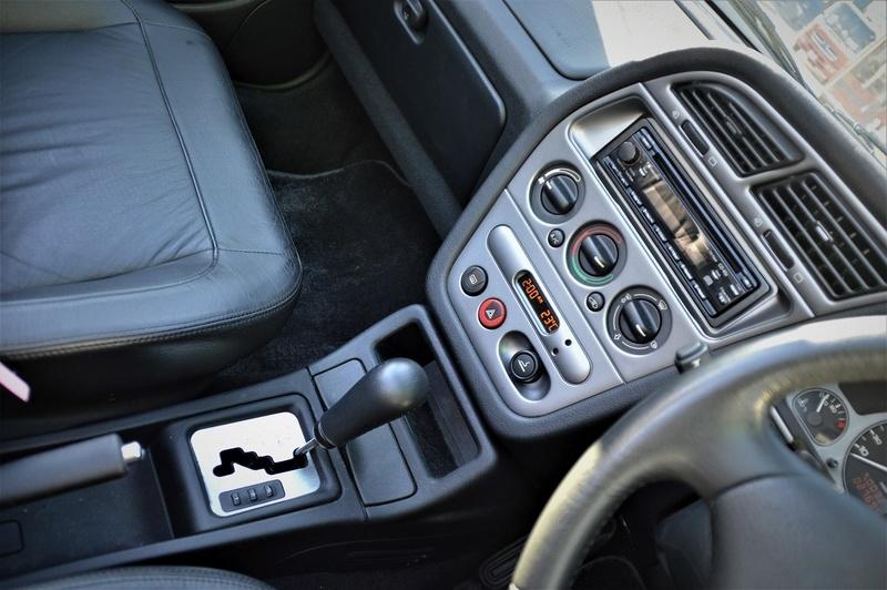 [ VíDEOS ] Peugeot 306 cabrios a la venta... en Japón Peugeo41