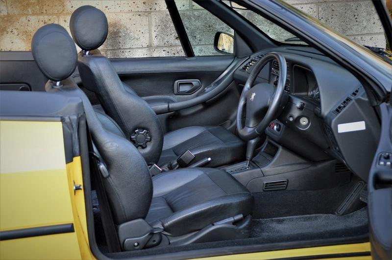 [ VíDEOS ] Peugeot 306 cabrios a la venta... en Japón Peugeo45