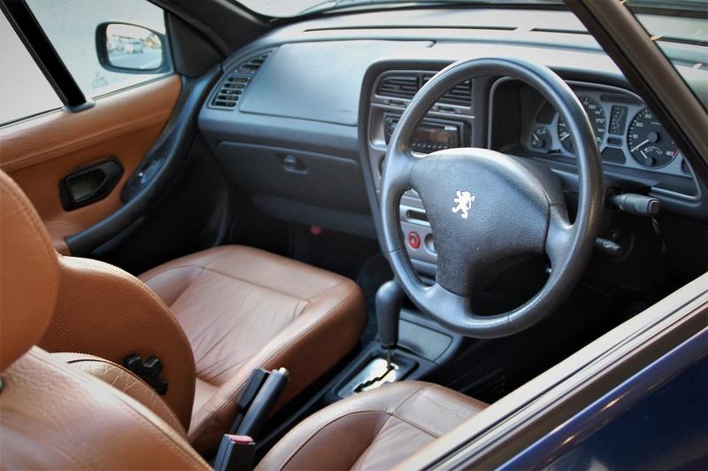 [ VíDEOS ] Peugeot 306 cabrios a la venta... en Japón Peugeo56