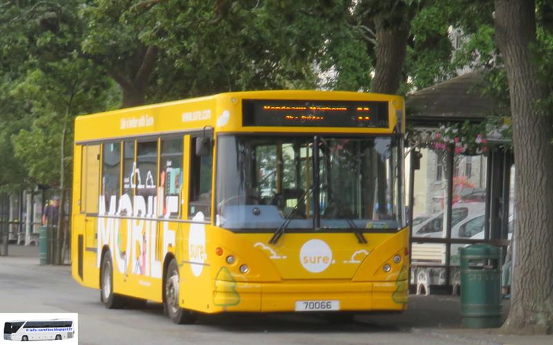 Les cars et bus anglais - Page 2 Sc_17110