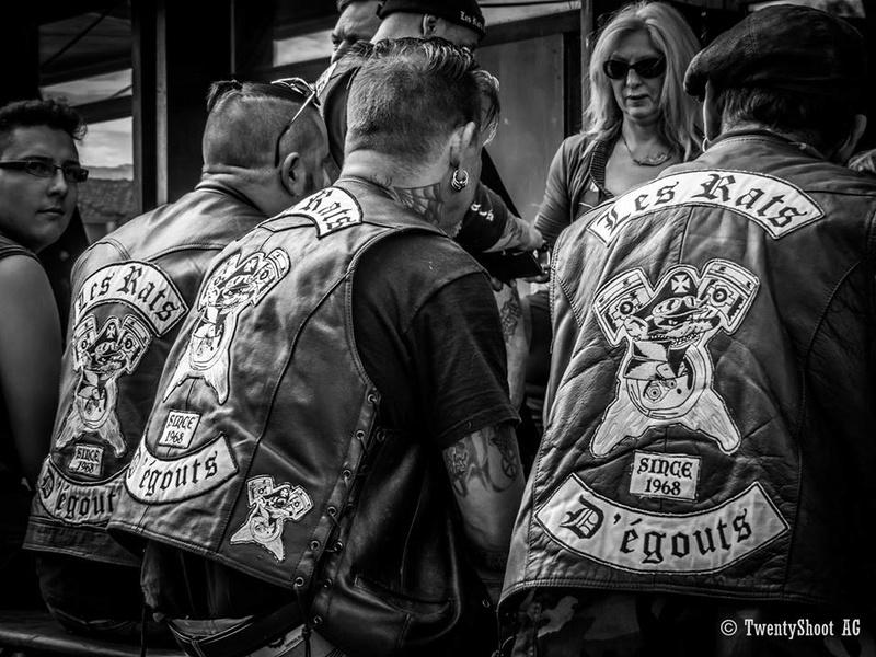 Couleurs des differents clubs de bikers - Page 20 13557610