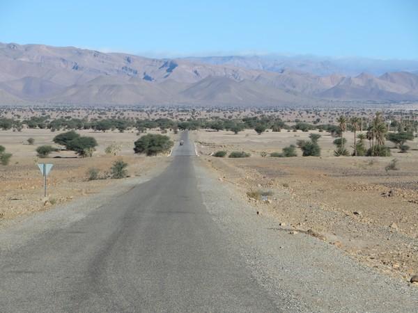 [Carburant, Routes, Police] ROUTE TATA TALIOUINE Tata_t10