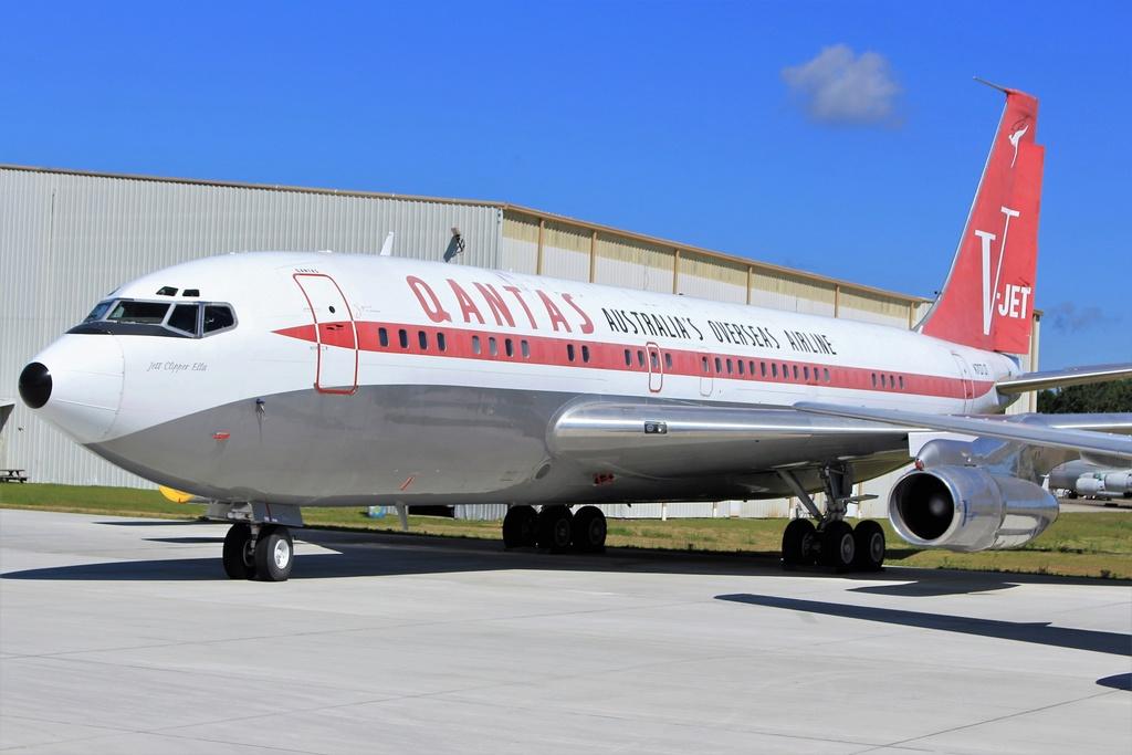 Brunswick BQK und Cecil Airport, JAX 25.04.2018 Qantas10