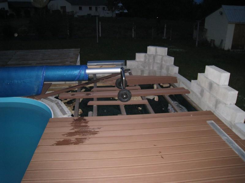 La terrasse, c'est long et pas simple ! enfin comme le reste Img_3011