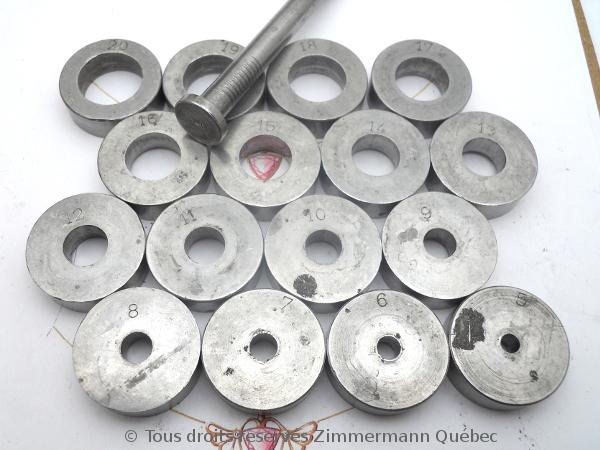 Sertissure or pour des pierres rondes de 5 mm  avec usage de Zim-Zim Dscn3311
