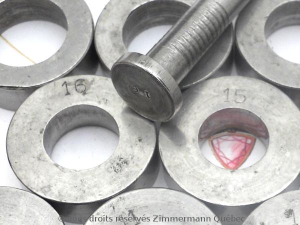 Sertissure or pour des pierres rondes de 5 mm  avec usage de Zim-Zim Dscn3312