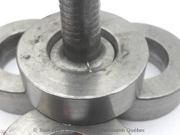 Sertissure or pour des pierres rondes de 5 mm  avec usage de Zim-Zim Dscn3313