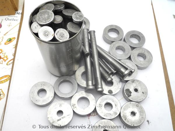 Sertissure or pour des pierres rondes de 5 mm  avec usage de Zim-Zim Dscn3314
