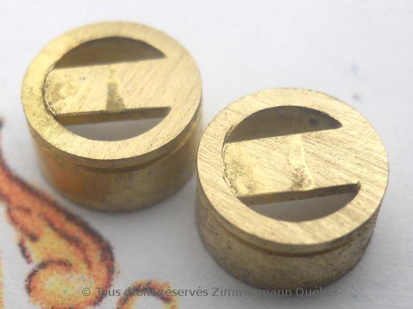 Sertissure or pour des pierres rondes de 5 mm  avec usage de Zim-Zim Dscn3338