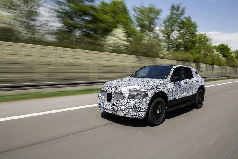 2019 - [Mercedes-Benz] EQ C 18c03510