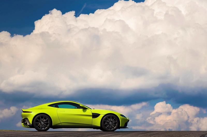 2017 - [Aston Martin] Vantage - Page 2 23736210