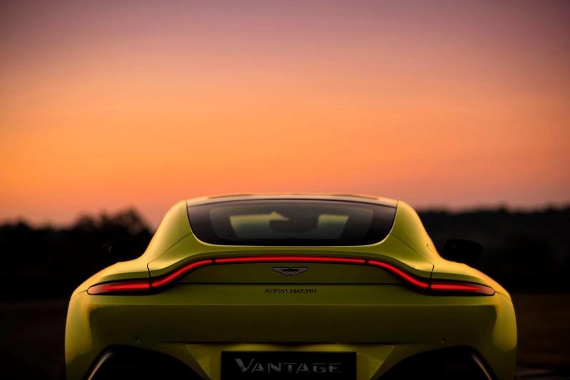 2017 - [Aston Martin] Vantage - Page 2 23783410