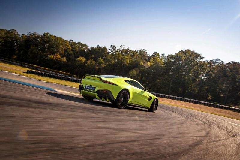 2017 - [Aston Martin] Vantage - Page 2 23783510