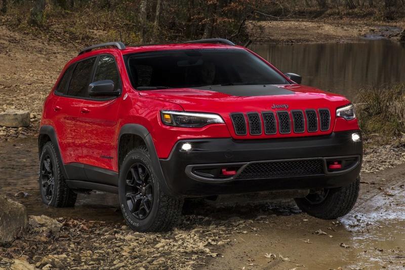 2016 - [Jeep] Cherokee restylé - Page 2 A9ky6d10