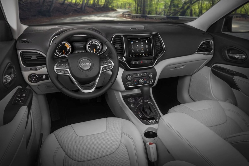 2016 - [Jeep] Cherokee restylé - Page 2 Jtgypp10
