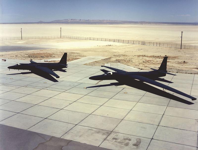 le Lockheed U-2 ( avion espion)......a la ba 125 (isres) de 1995-1999. 1280px10