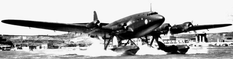 le Cant Z.511 ( un véritable colosse de l'air ) italien   Cant-z10