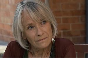 Les acteurs qui ont joué plusieurs rôles dans le feuilleton 30119810