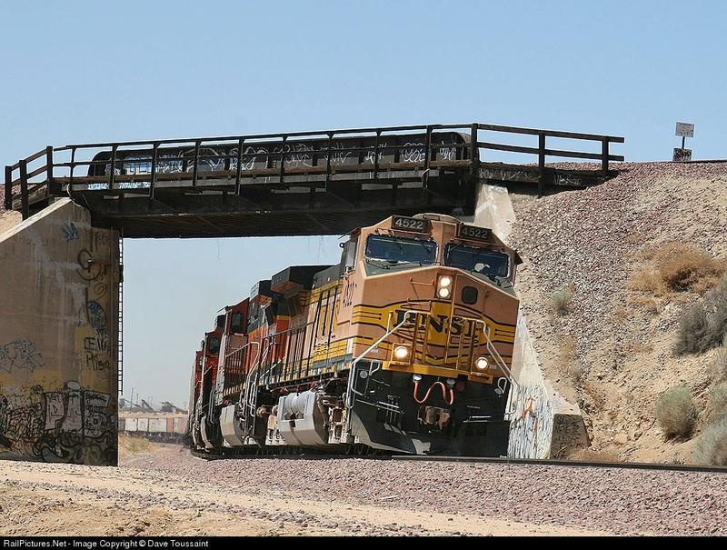The Happy Loop Railroad - Page 5 2876_110