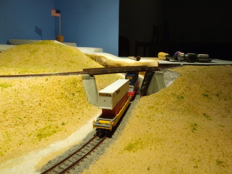 The Happy Loop Railroad - Page 5 Dscf4228