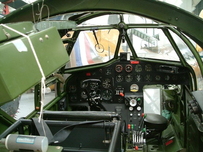 Bristol Blenhiem 800px-10