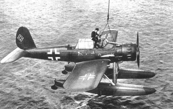 Arado Ar 196 Ar196-16