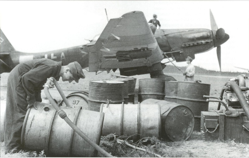 Ju87 Stuka D13