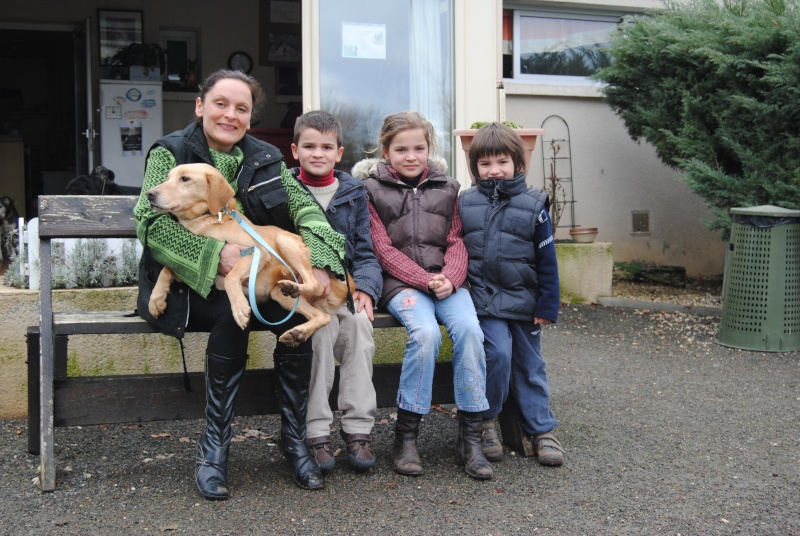 Maria, Zoé et Laya sauvée, bientôt 1 an ..en visite Dsc_0510