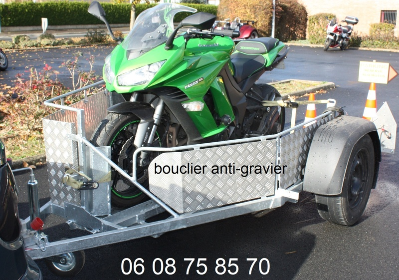 Transporter facilement sa moto 0210