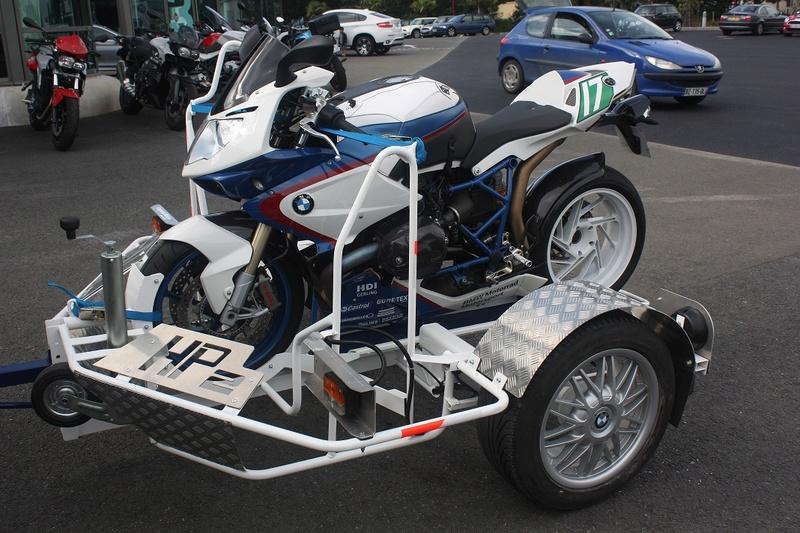 Transporter facilement sa moto Img_2510