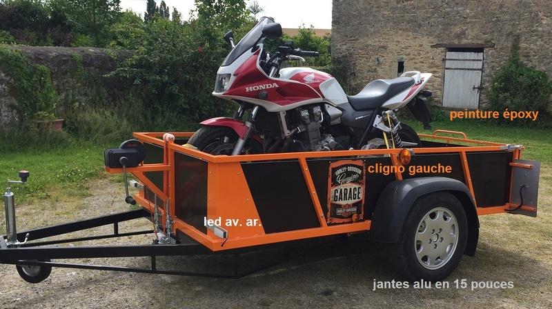 Transporter facilement sa moto Remorq12