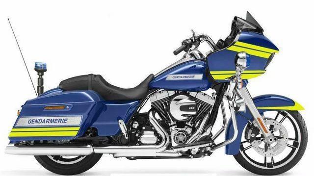 Elle est arrivée mon Electra Police 2017 - Page 2 30007310