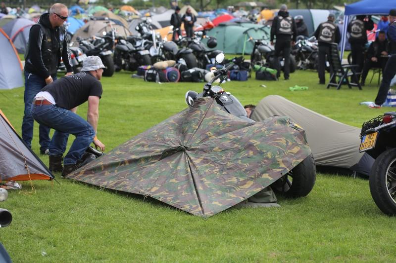 Tente moto ou mototent ... Sx4b9510
