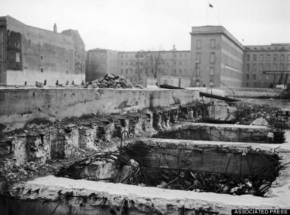 Le bunker du Führer reconstitué à Berlin B_avri10
