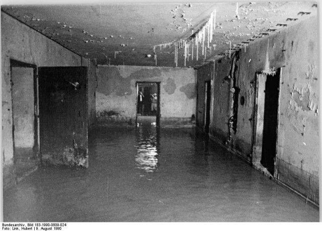 Le bunker du Führer reconstitué à Berlin Bunker22