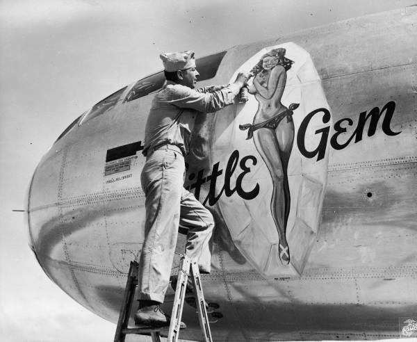 Nose art - Page 3 Nose_r10