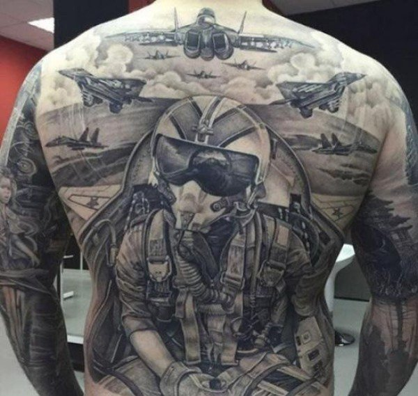 Divers insolite - Page 7 Tatoo10