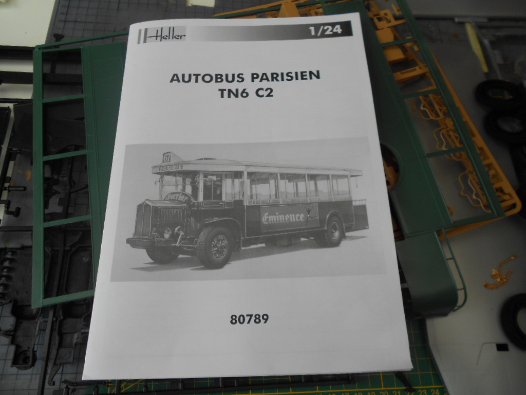 autobus parisien tn6 c2 1/24 heller  Autoca11