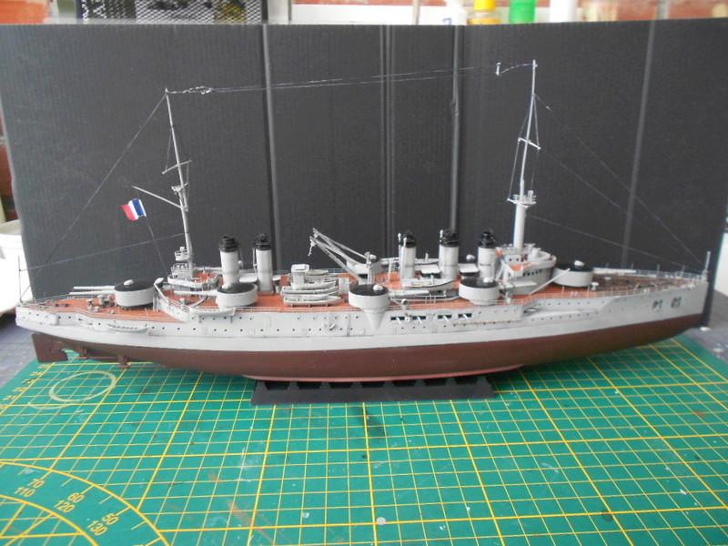 [HOBBY BOSS] CONDORCET - 1/350 - un bateaux français le Condorcet  - Page 3 Condo220