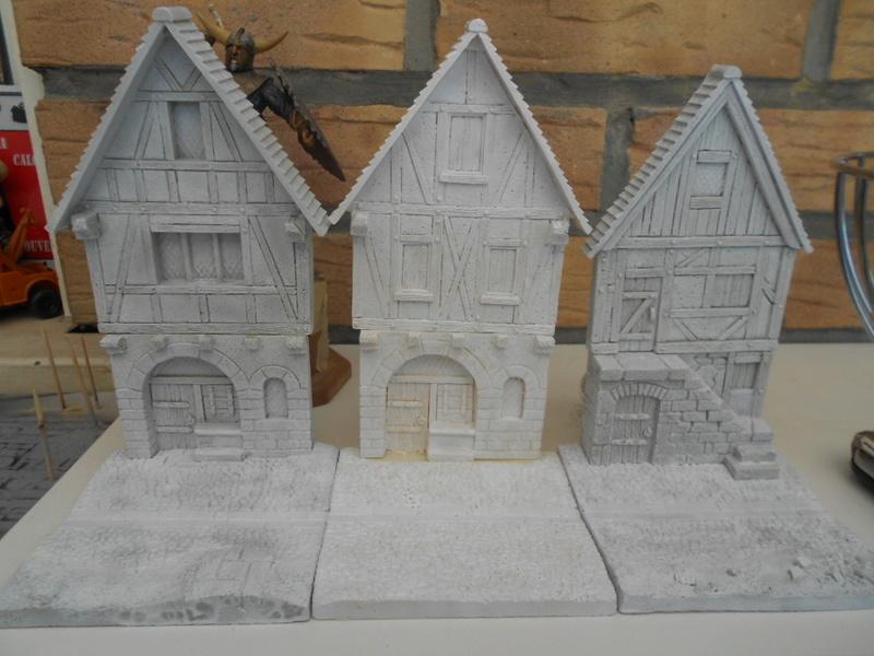 Petite façade médiévale de marque Fenryll - Echelle 25mm  Condo229