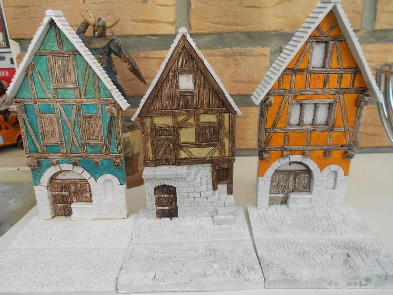 Petite façade médiévale de marque Fenryll - Echelle 25mm  Condo230