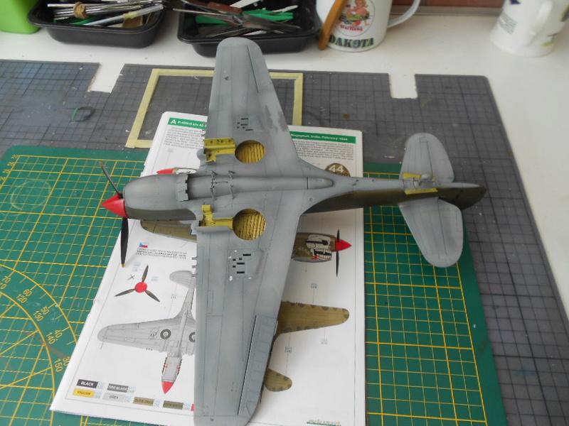 P 40 N.  Warhawk 1/32 Eduard   - Page 2 P40_pe35